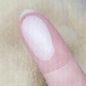 All swirled on my finger